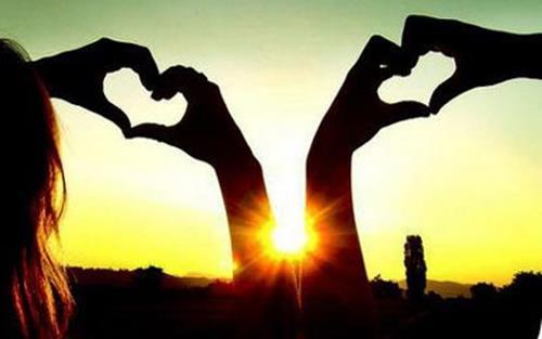 6 dấu hiệu cho thấy anh ấy yêu bạn thật lòng